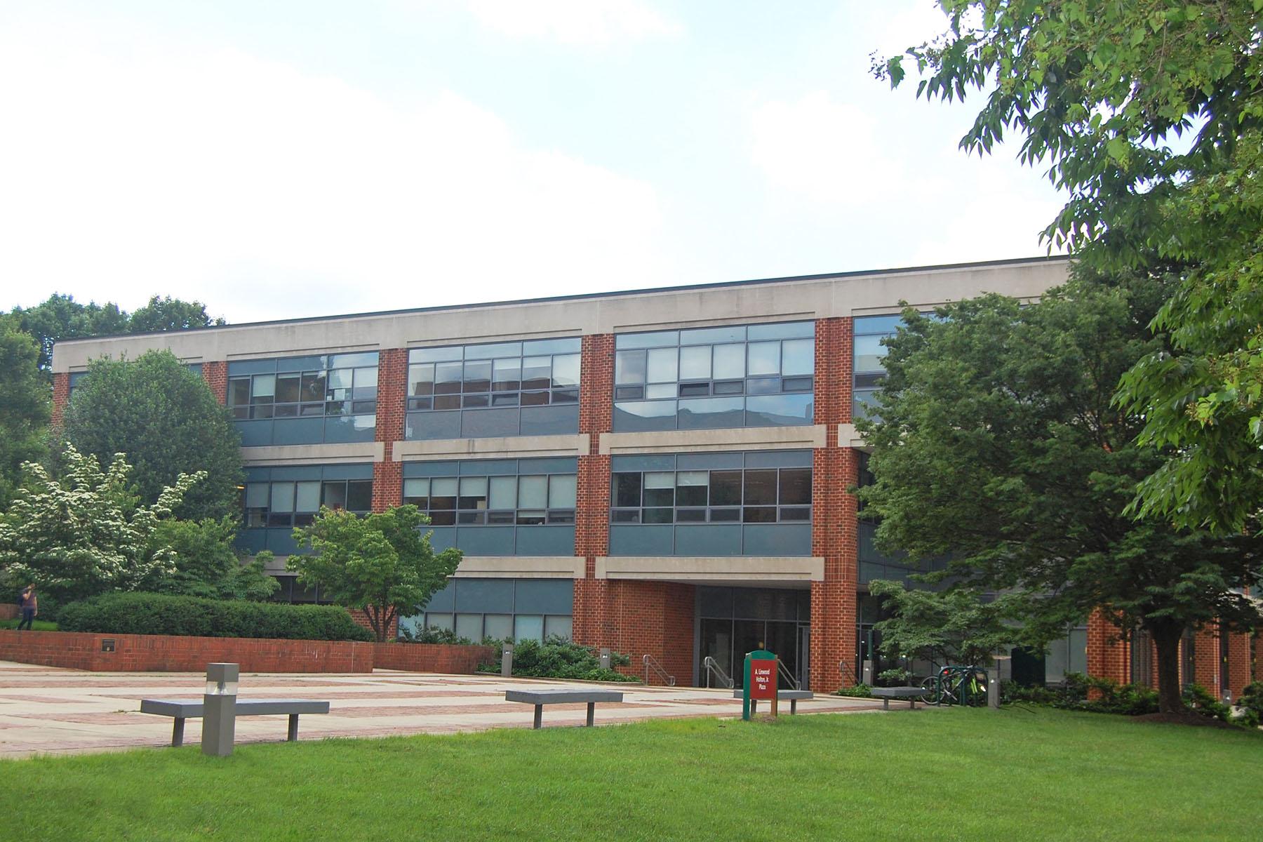 George Mason University - Mason Hall from Commonwealth Blinds & Shades